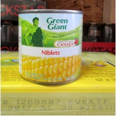 Corn -  Niblets Corn - Whole Kernel - Green Giant Brand  / 12 x 341 ml Cans